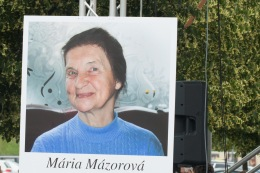 maria-mazorova-korzo-2016