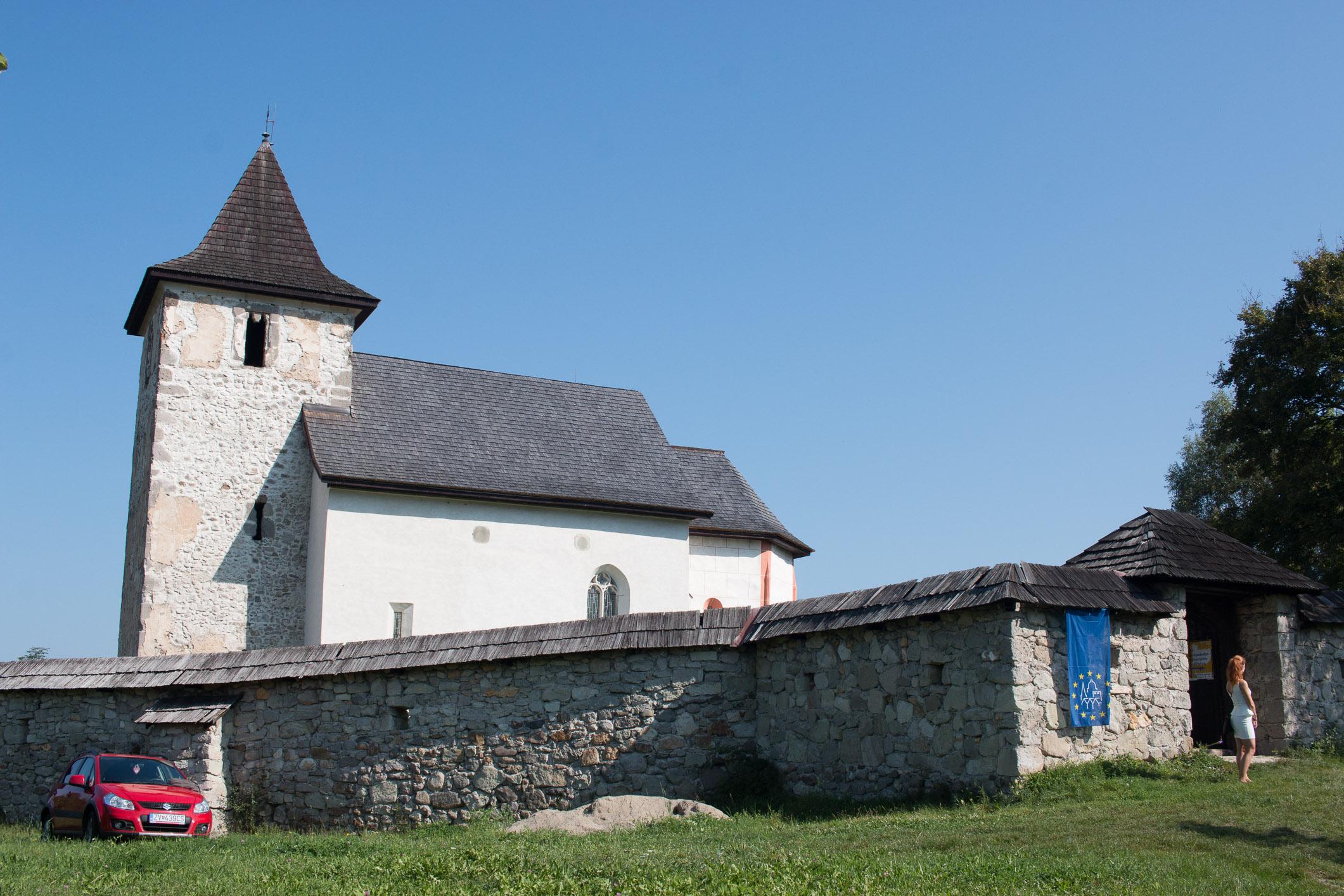 kostol-sv-matusa-zolna