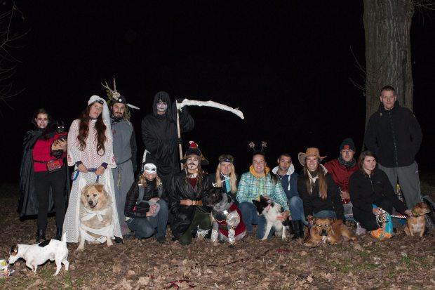 psia-halloweenska-hra