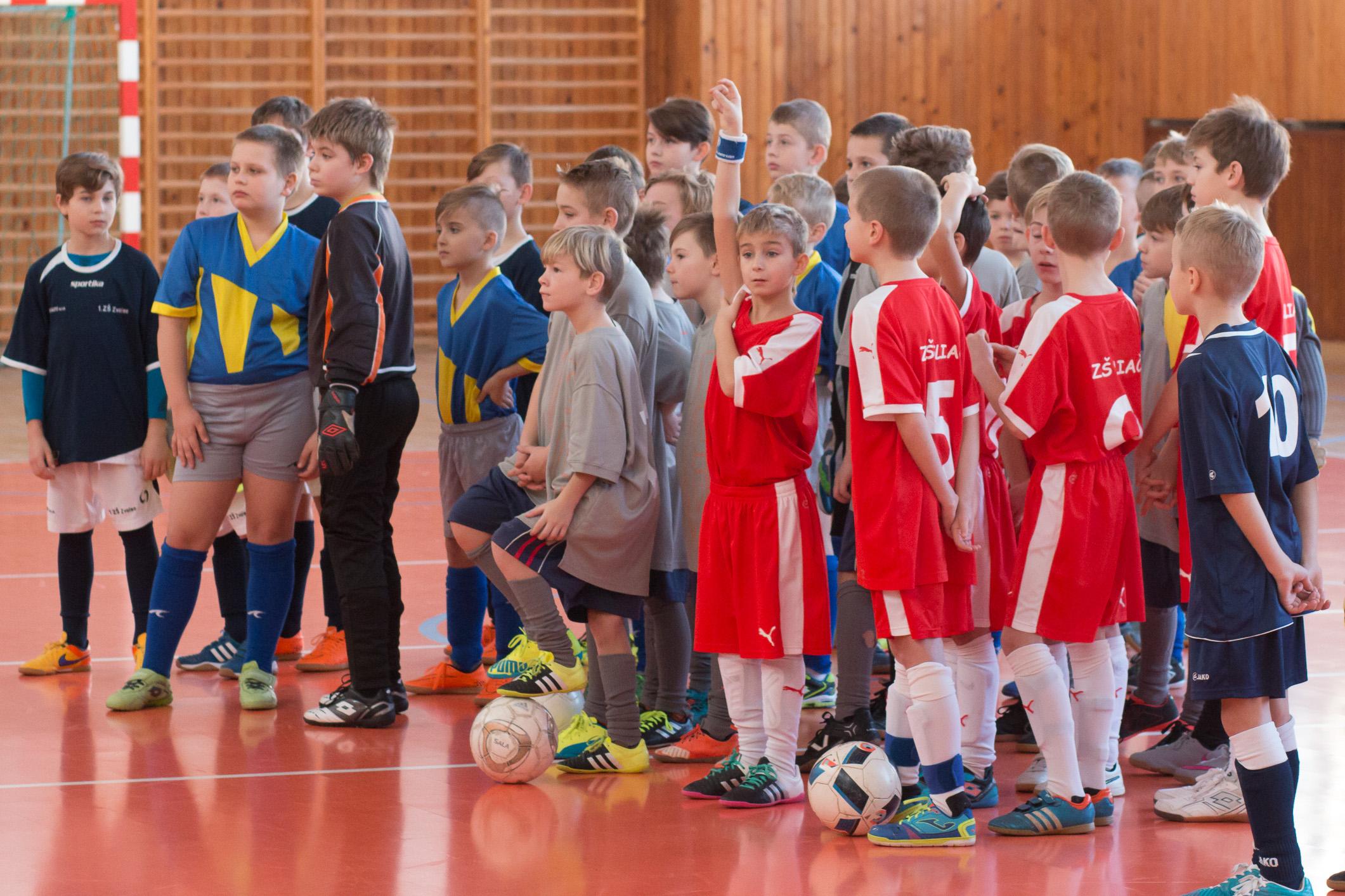 novorocny-turnaj-minifutbal-zvolen-103