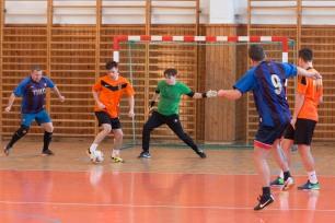 turnaj v minifutbale v športovej hale na sídlisku Západ