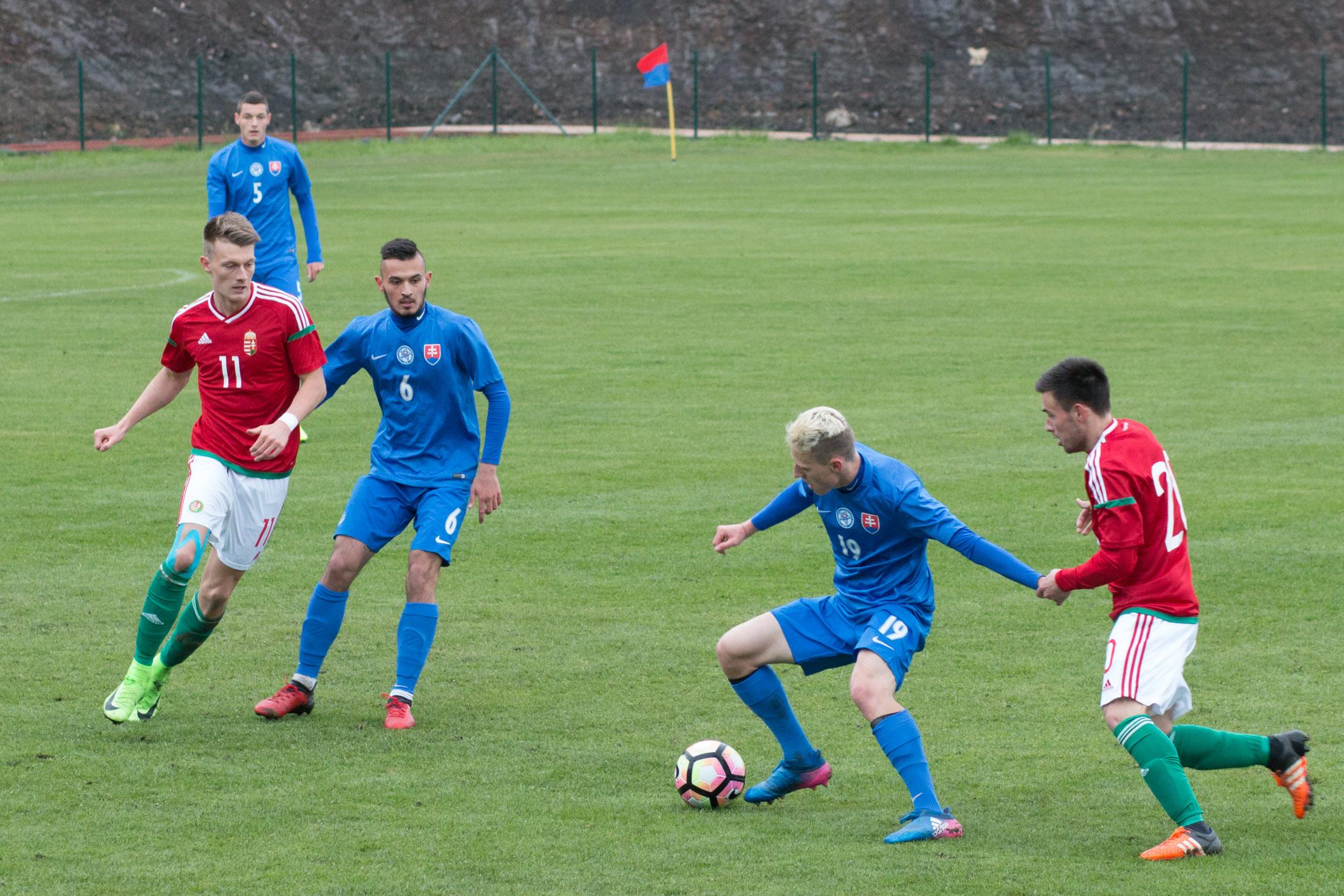 slovensko-u20-madarsko-15