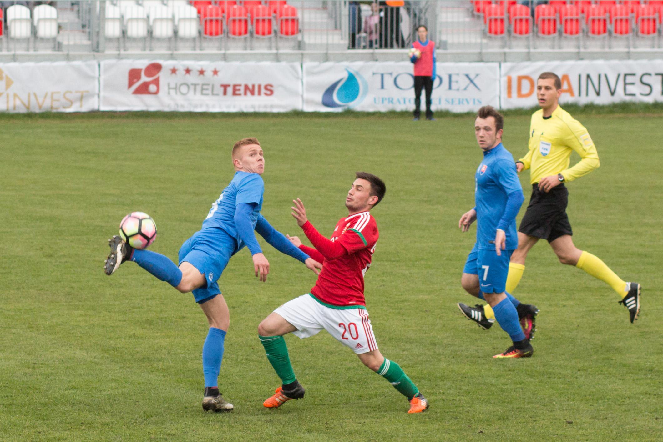 slovensko-u20-madarsko-18