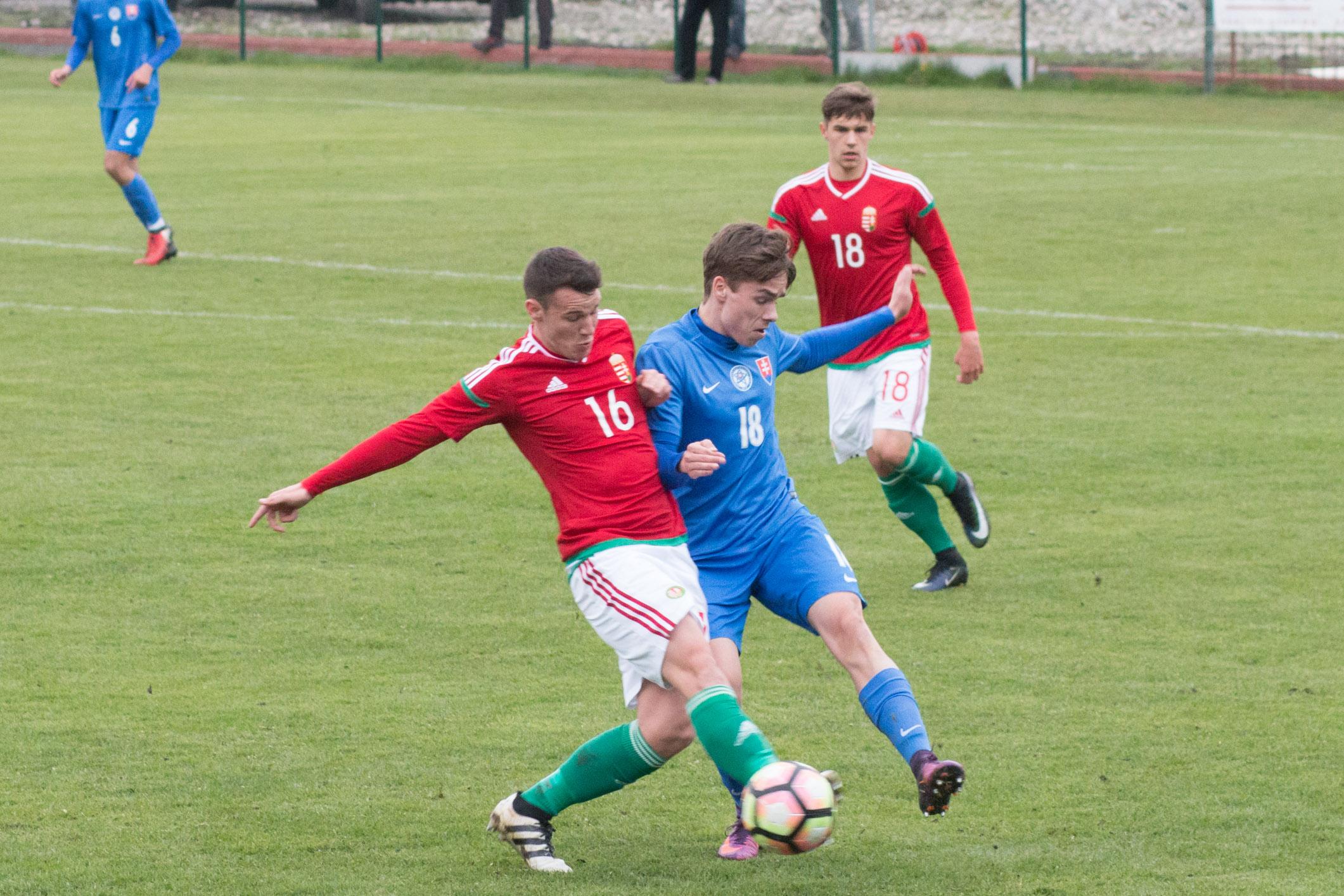 slovensko-u20-madarsko-26