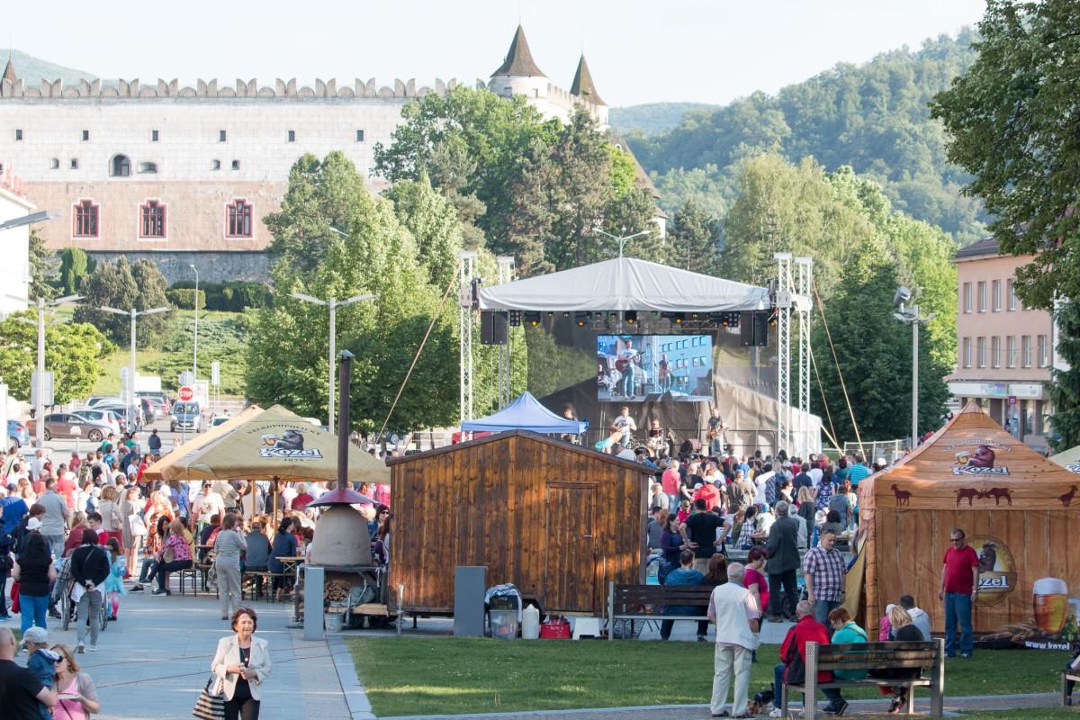 Blížia sa Dni mesta Zvolen: Oslavy 775. výročia s Komajotou, Peter Bič projektom a ďalšími