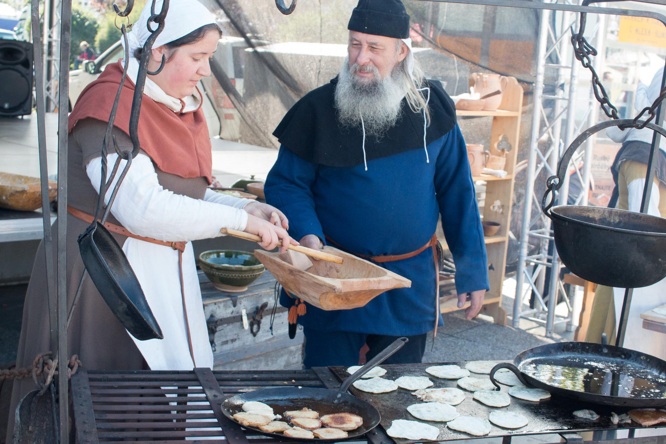 stredoveka-kuchyna-1