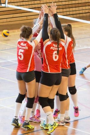 volejbalový zápas junioriek TJ Slávia TU Zvolen
