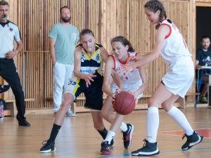 basketbalový zápas starších žiačok Zvolen a Trnava