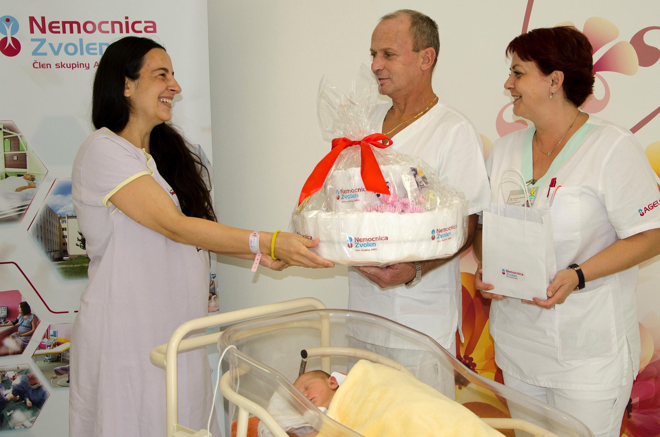 mamicka-dar-nemocnica-zv