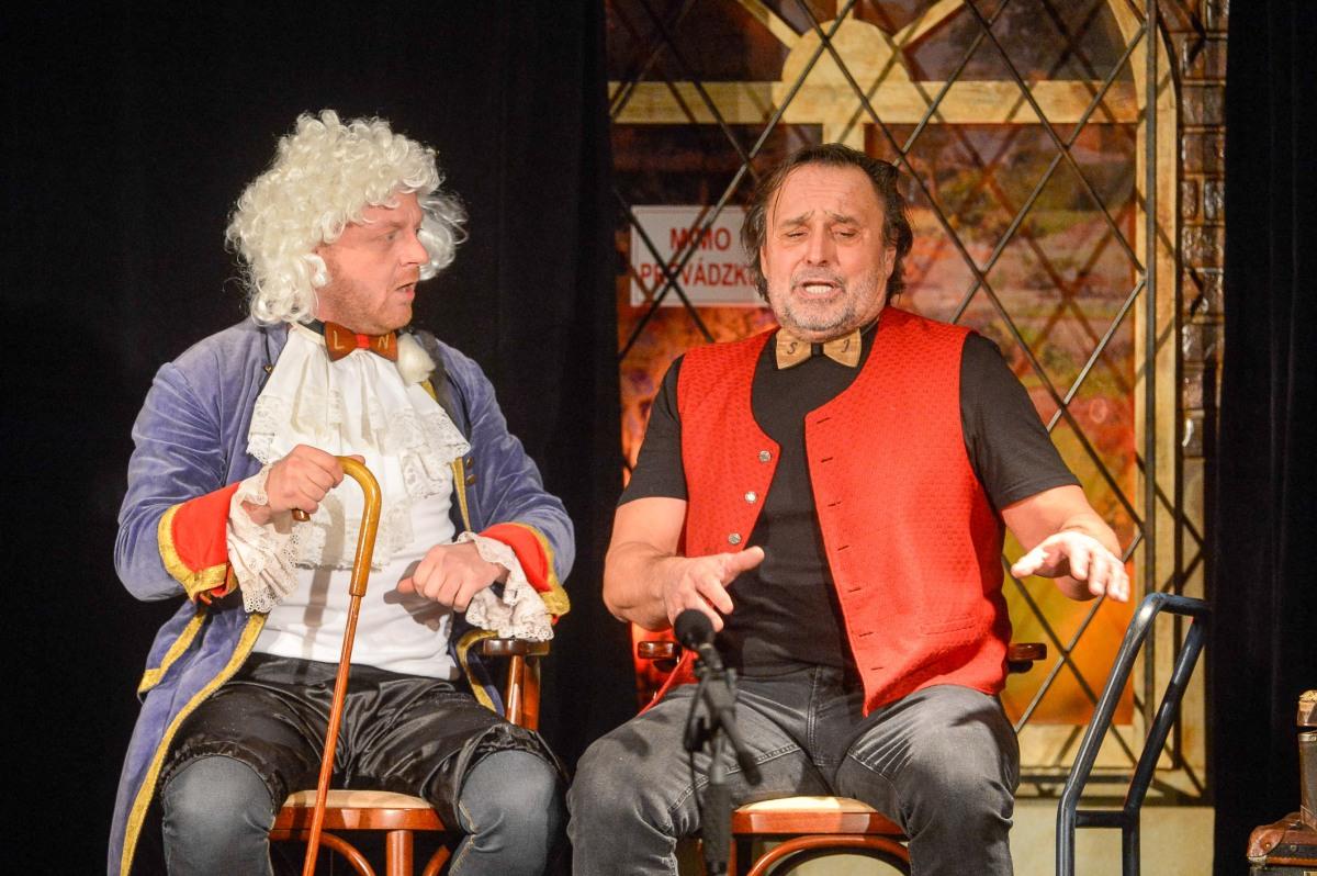 Legendárna divadelná komédia LORD NORTON A SLUHA JAMES (po dvadsiatich rokoch...)