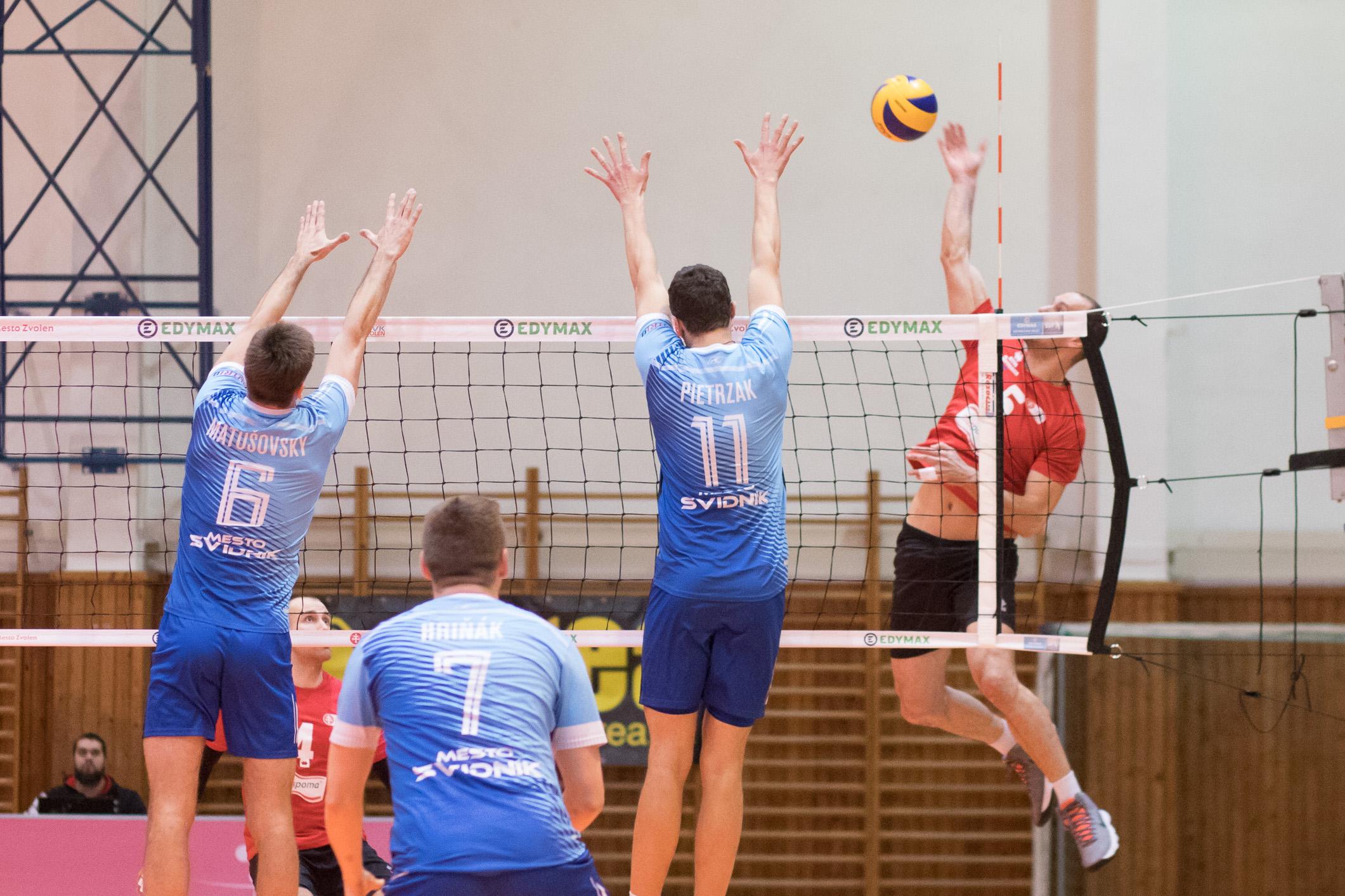 MVK Zvolen – TJ Slávia Svidník(modrá)