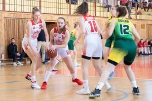 basketbalový zápas kadetiek medzi Zvolenom a Novým mestom nad Váhom