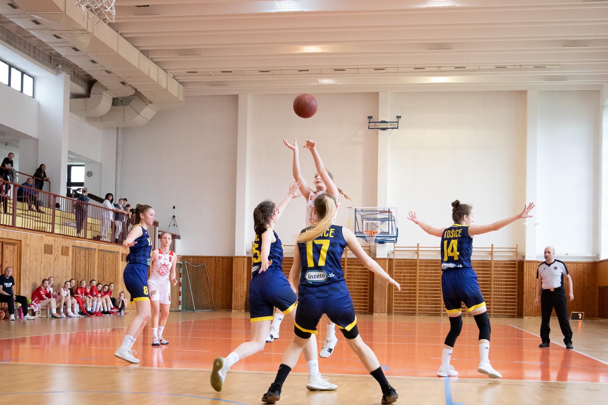 BK Zvolen – Young Angels Košice(modrá)