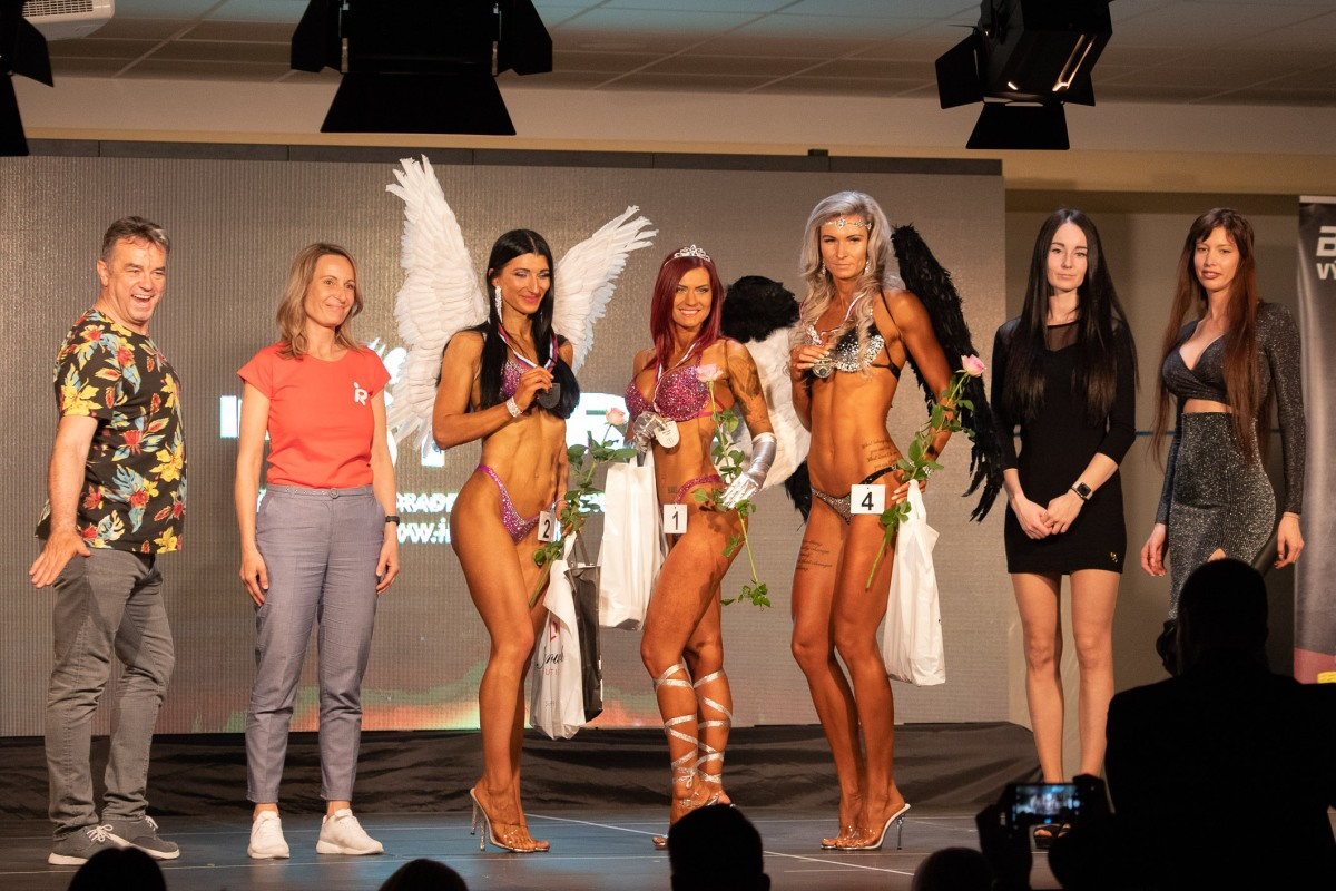 Naturálni kulturisti a fitnesky súťažili vo Zvolene o miestenku na ICN UNIVERSE v Rimini