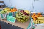 ovocie na stolíku