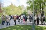 húf ľudí v parku Ľudovíta šťúra