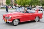 červené veterán auto