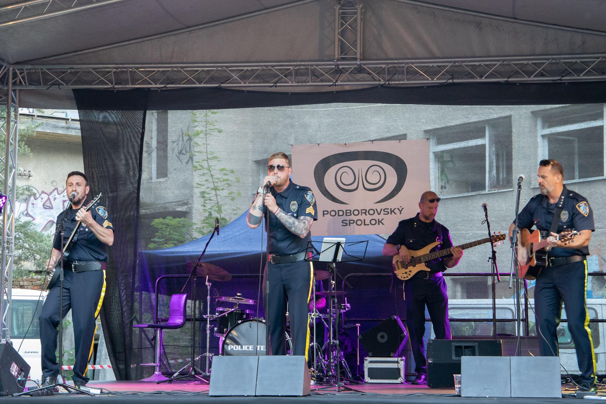 den-borovej-hory-police-team-1