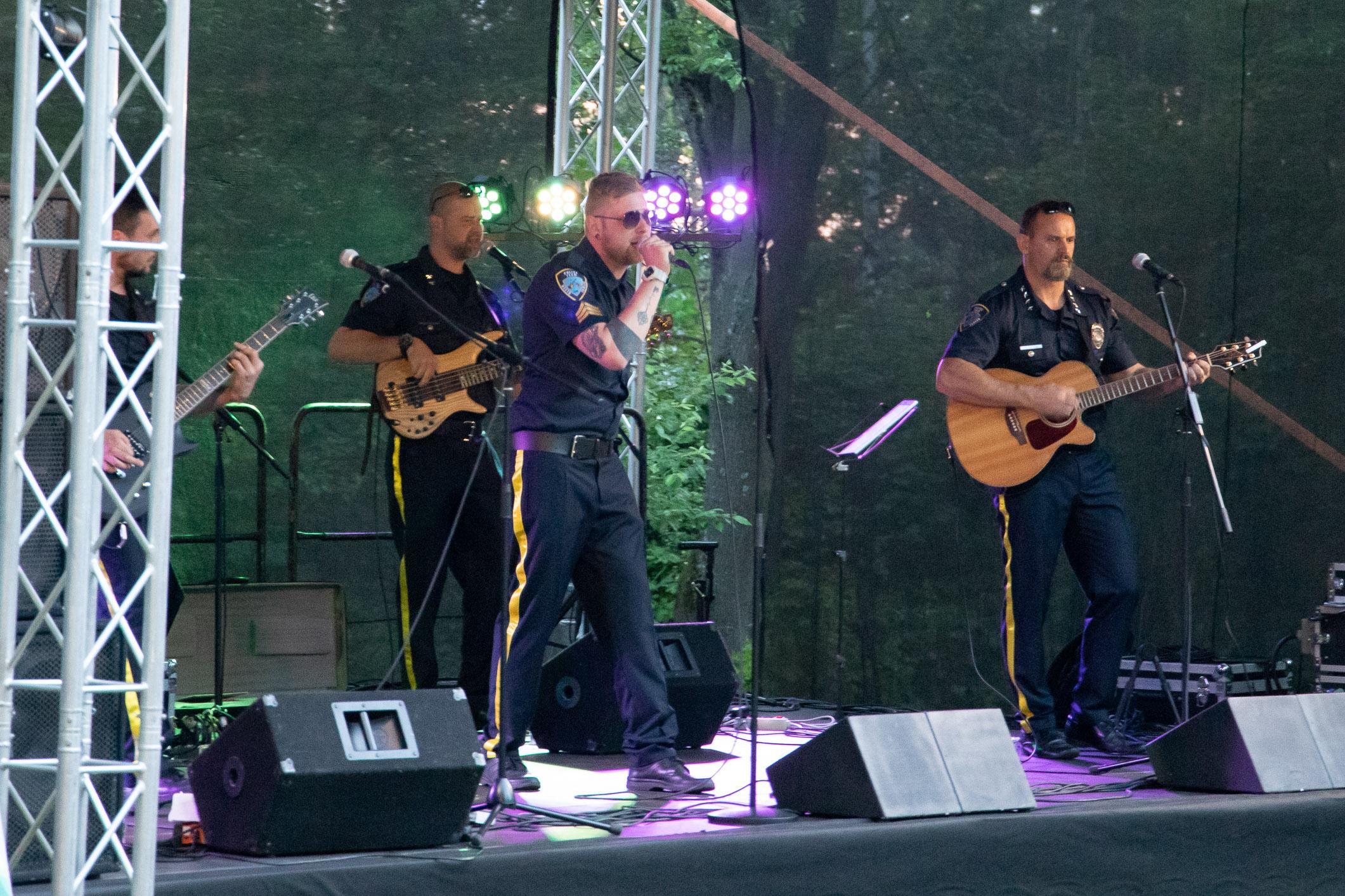 den-borovej-hory-police-team-2