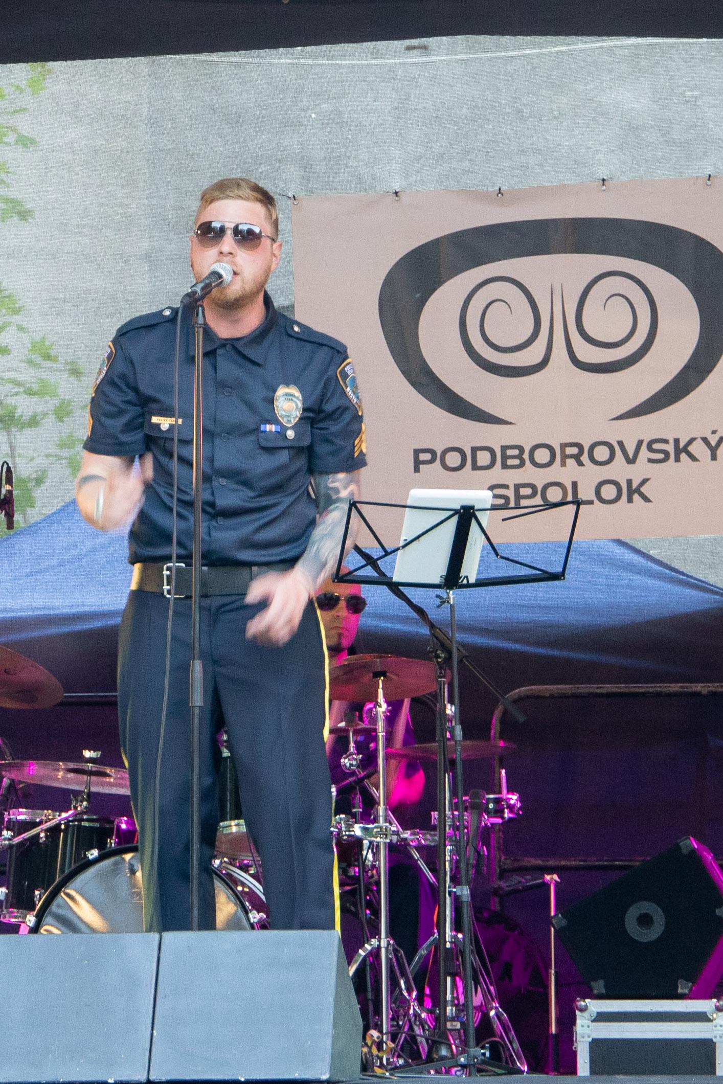 den-borovej-hory-police-team