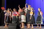 folklórne vystúpenie chlapcov a dievčat v DK ŽSR Zvolen
