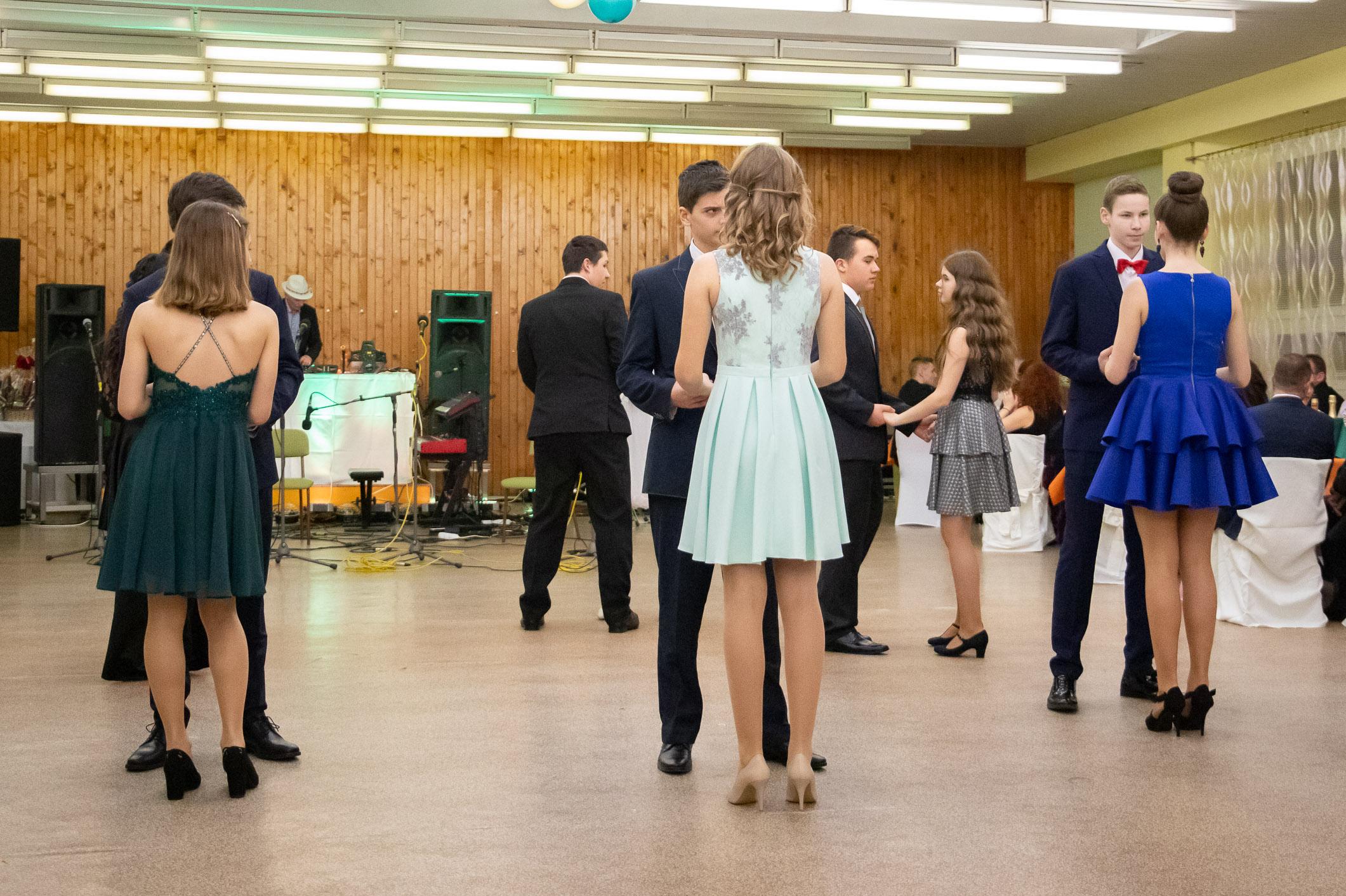 skolsky-ples-zv-vencek-2020